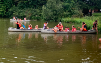 BBHHS HUDDLE Students Canoeing