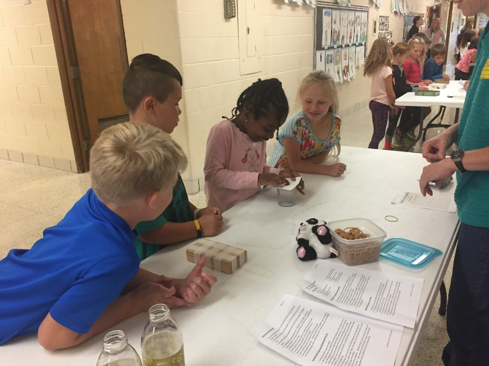 Group of 2nd graders participating in first Science DZ