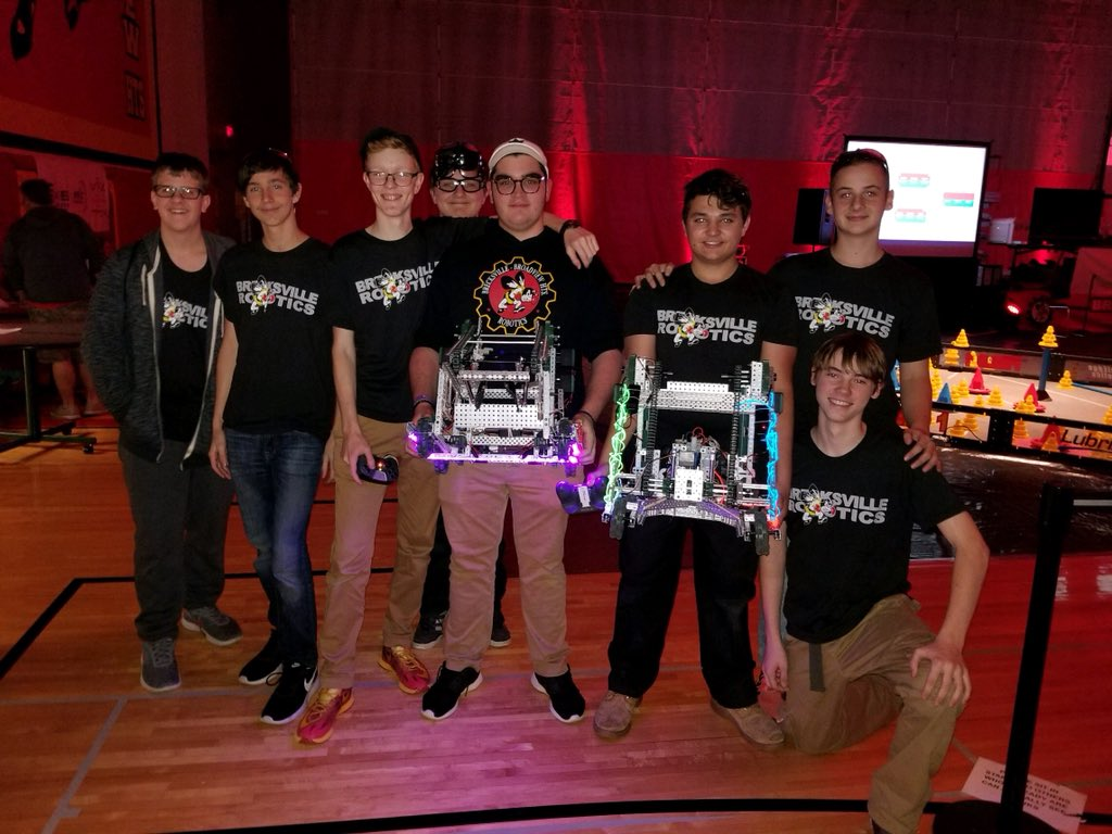 robotics teams qualify for states