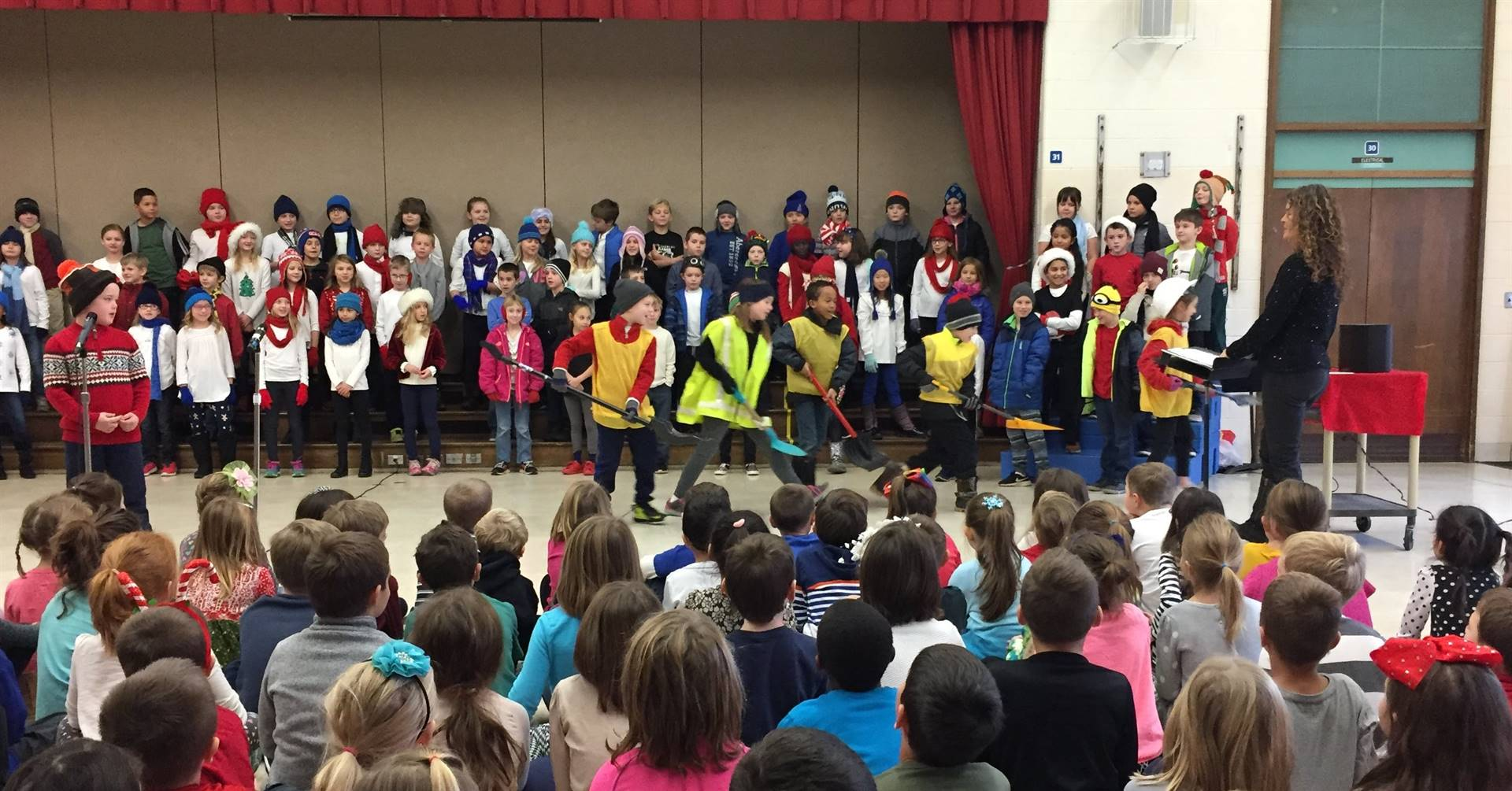 3rd Grade Musical Production 10