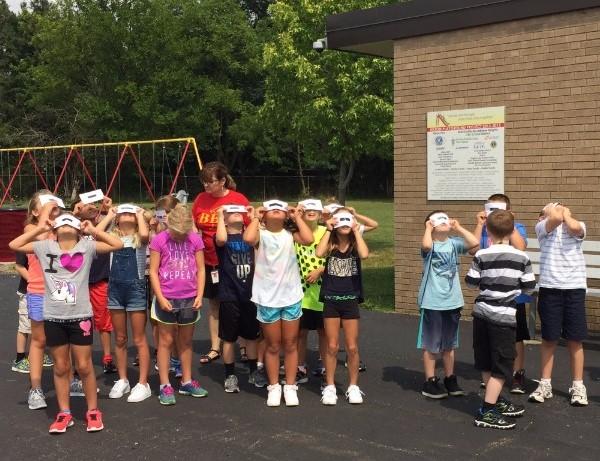 Mrs. Fiore's class views eclipse