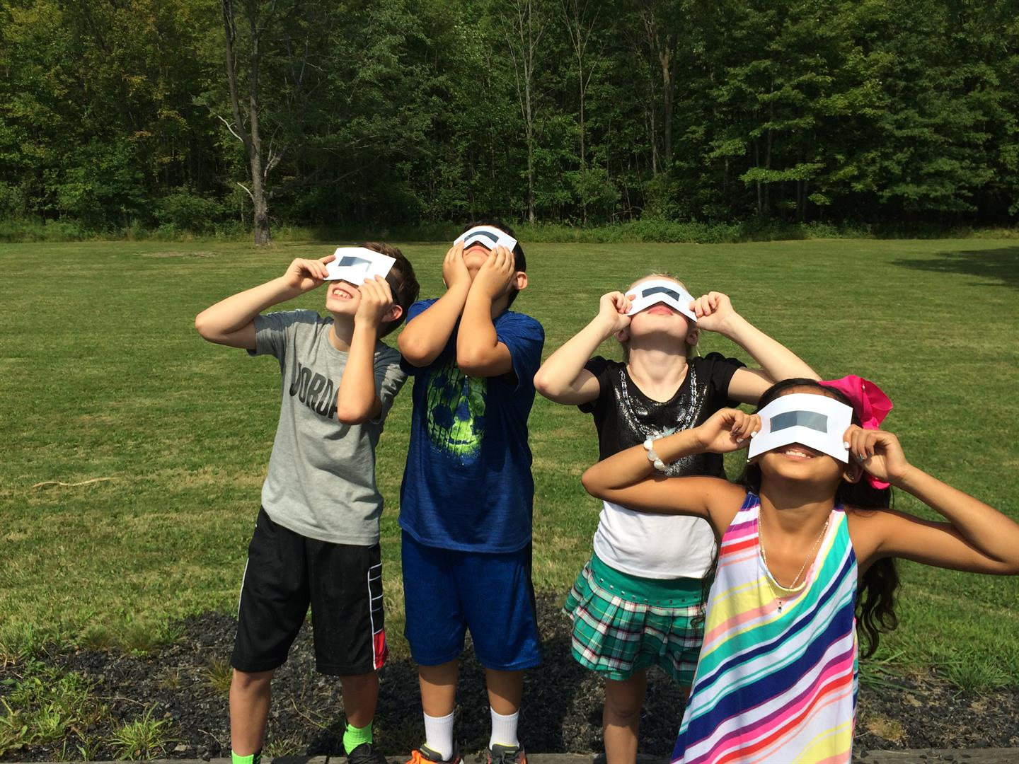 Students Viewing Solar Eclipse 3