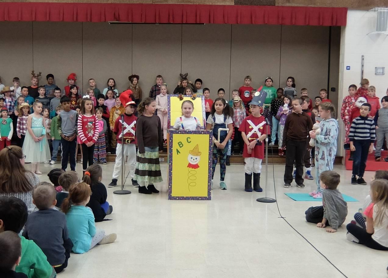 3rd Grade Musical 18