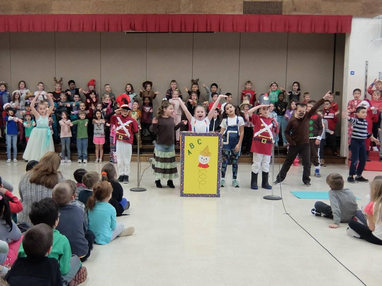 3rd Grade Musical 19