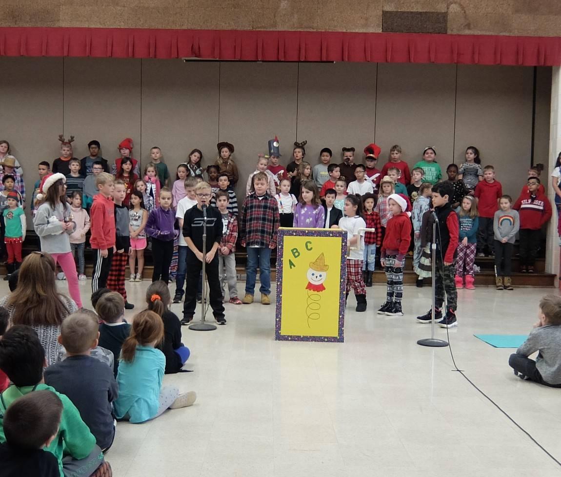 3rd Grade Musical 20