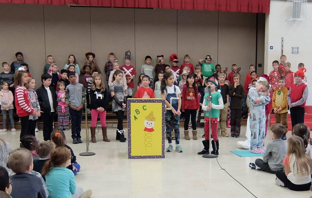 3rd Grade Musical 24