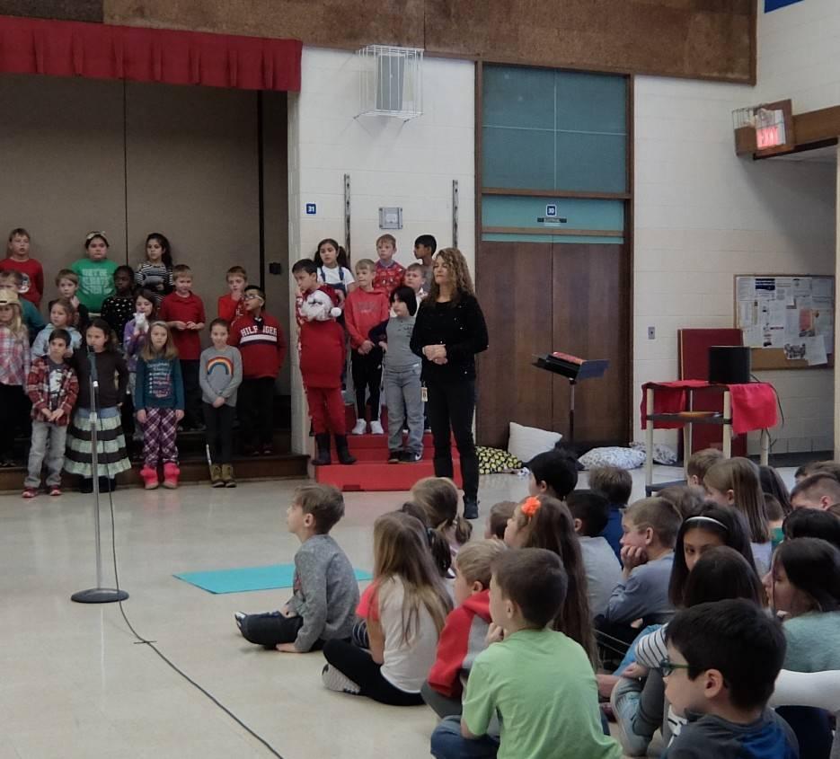 3rd Grade Musical 25