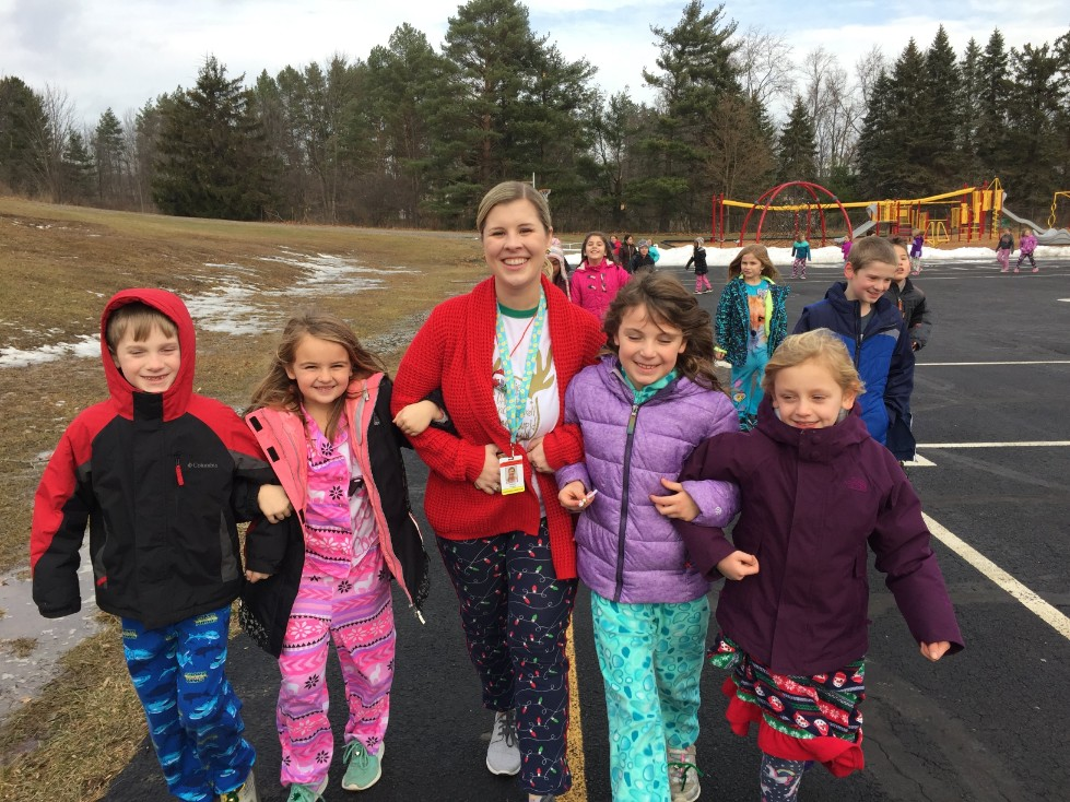 Jingle Bell Jog Miss Knodel and students
