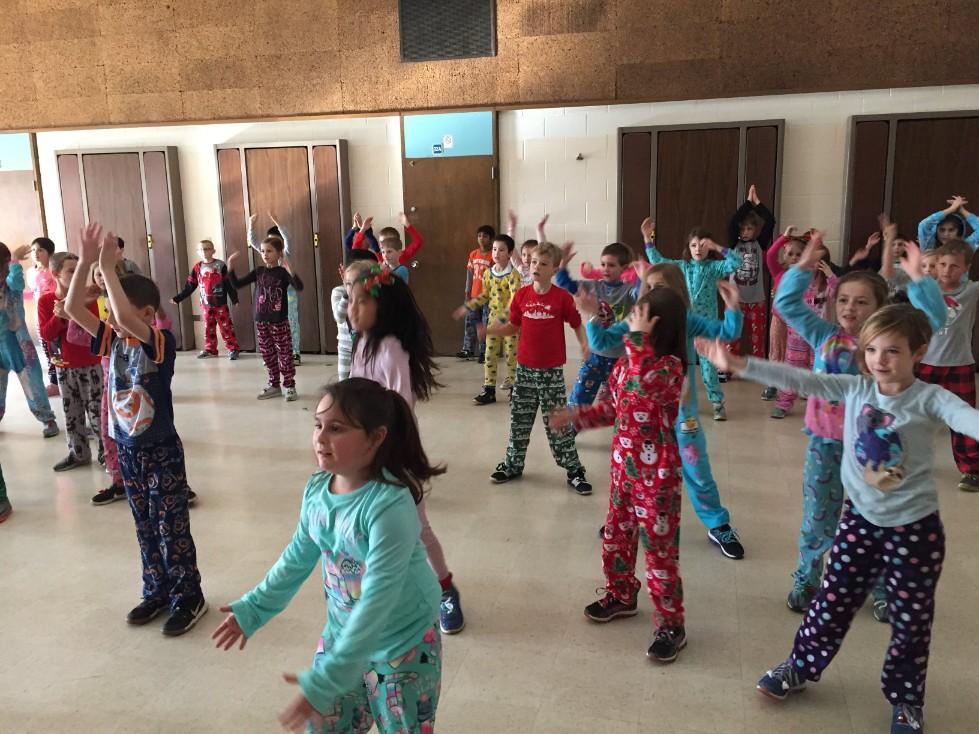 Jingle Bell Jog dancing 9