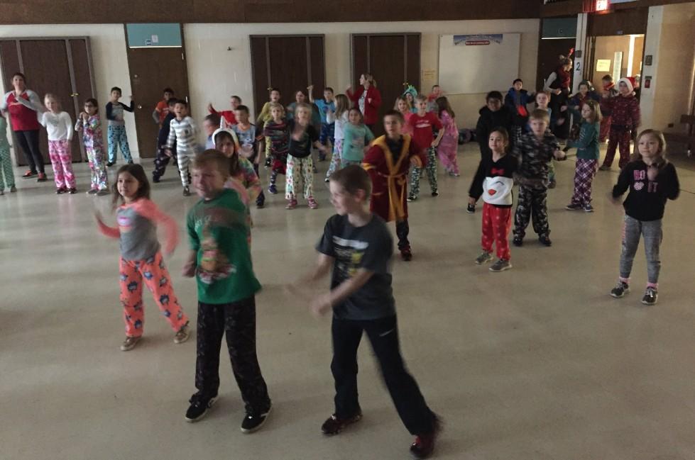Jingle Bell Jog dancing 6