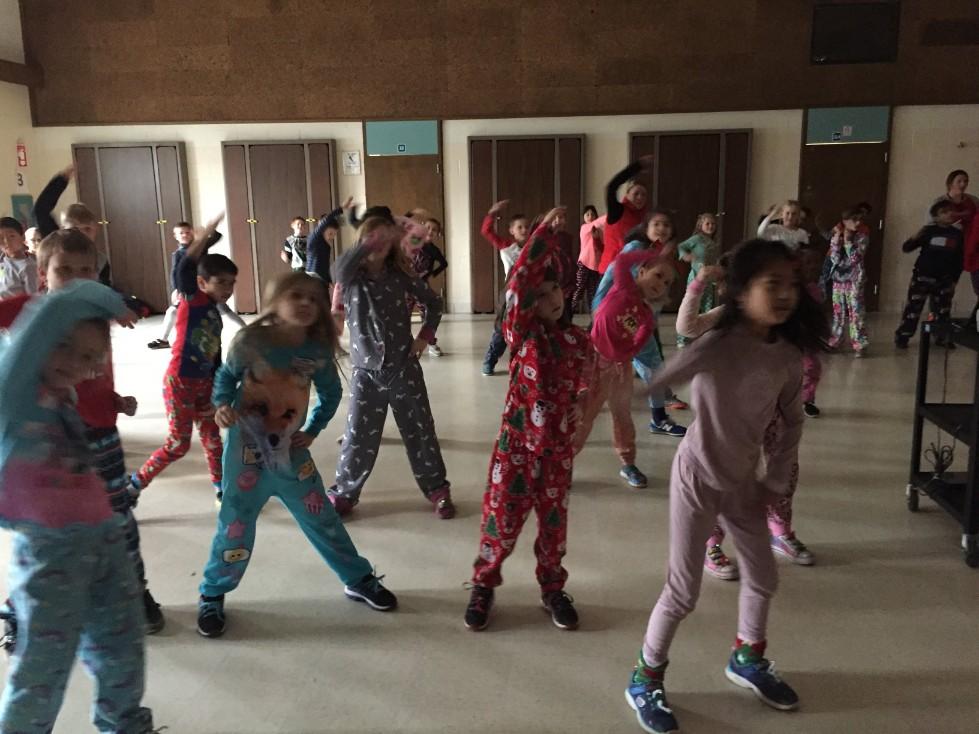 Jingle Bell Jog dancing 7