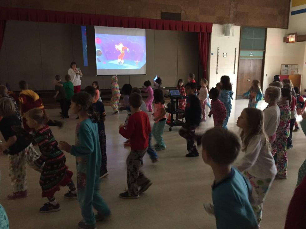 Jingle Bell Jog dancing 8