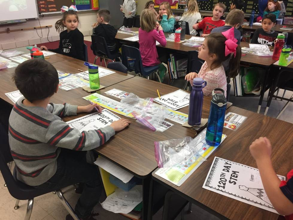 1st Grade STEM Day 50