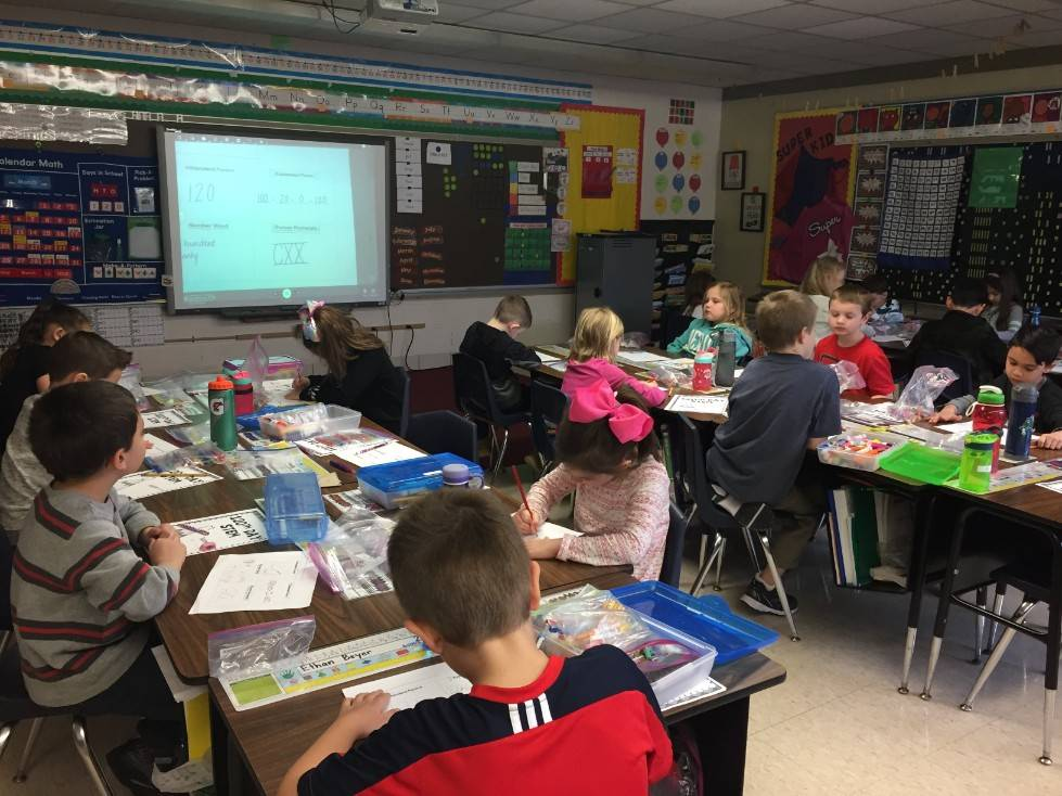 1st Grade STEM Day 49