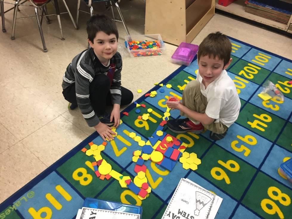 1st Grade STEM Day 45