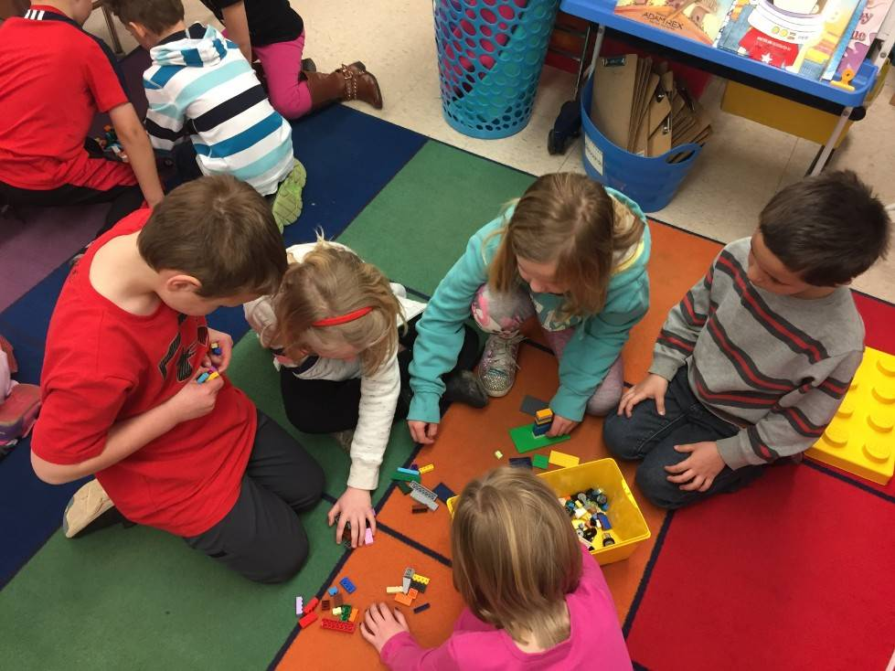 1st Grade STEM Day 41