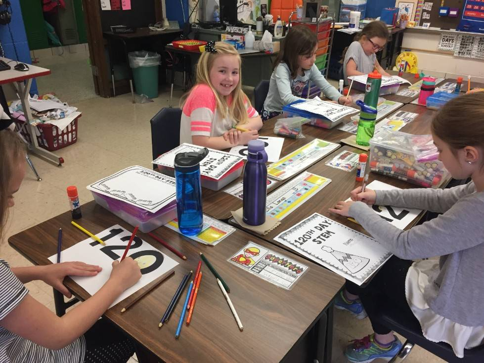 1st Grade STEM Day 32