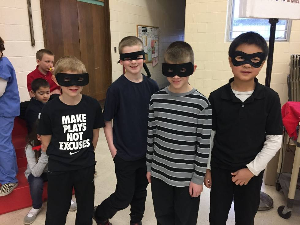 2nd Grade Musical-Robbers