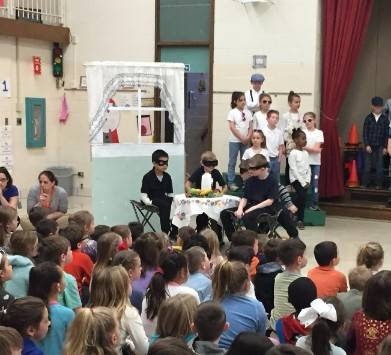 2nd Grade Musical-robbers2