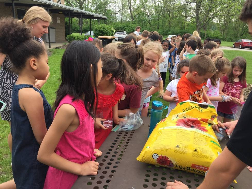 Planting with 2nd graders 1