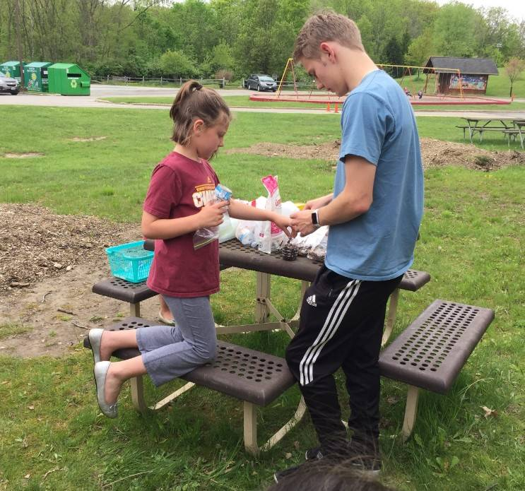 Planting with 2nd graders 7