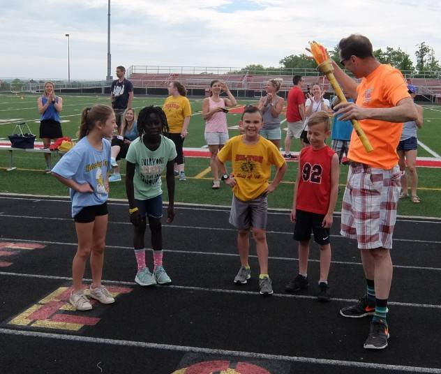 Field Day 18- Mr. Martin and 3rd graders 2