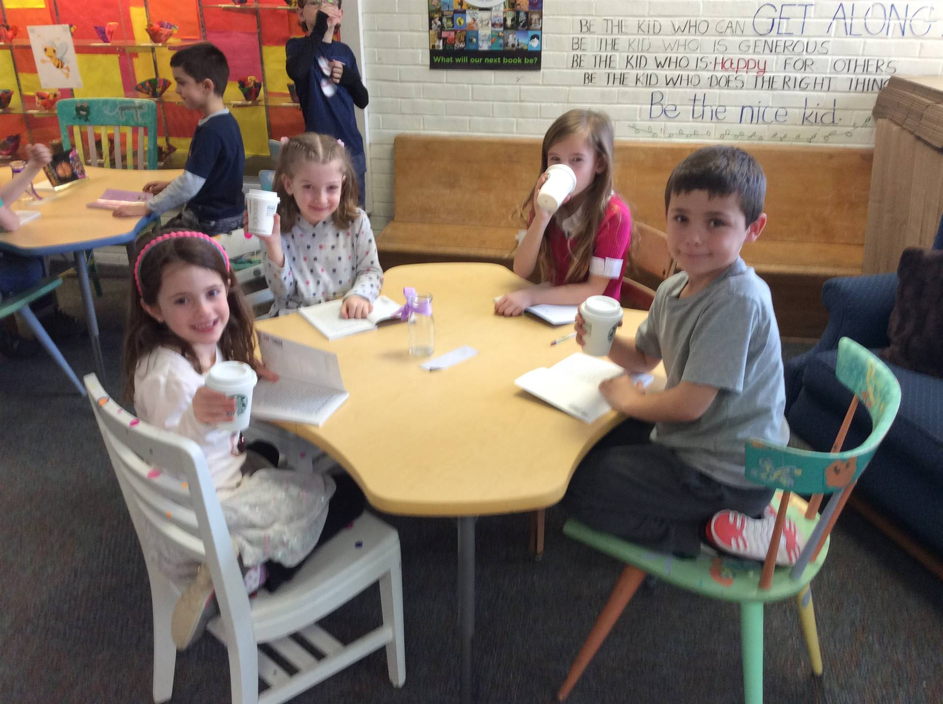 One School One Book Introduction in Starbooks Cafe