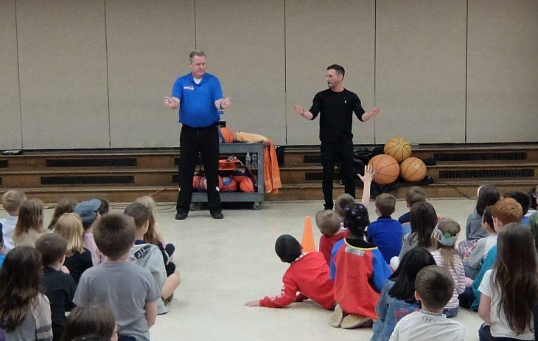 Basketball Jones assembly 14